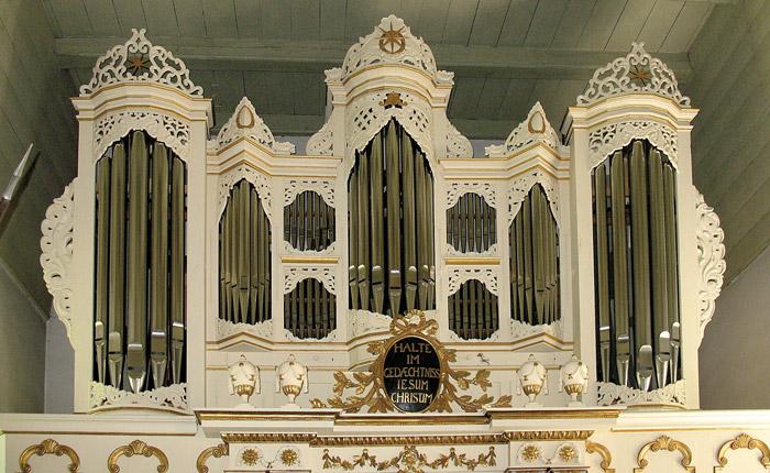 Orgel der Kirche in Ulsnis