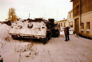 Ein Bergepanzer der Armee in Ulsnis-Kirchenholz