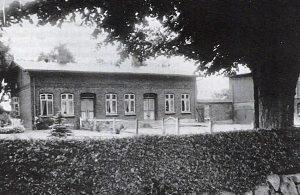 Das Foto zeigt eine alte Ansicht von Gunneby 18.