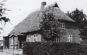 Das Foto zeigt eine alte Ansicht von Gunneby 33.